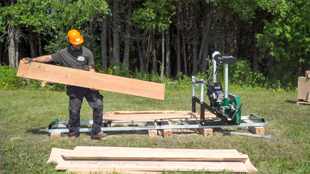 HM122 Portable Sawmill, Portable Sawmill | Woodland Mills ...